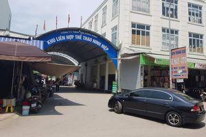 Hà Nội: 'Xẻ thịt' Trung tâm thể thao để cho thuê ki-ốt bán hàng với giá tiền tỷ