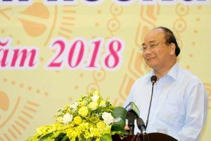 Thủ tướng Nguyễn Xuân Phúc yêu cầu hoàn thành việc chi trả tiền hỗ trợ bồi thường người dân 4 tỉnh miền Trung