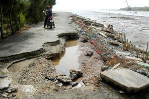 ĐBSCL Sạt lở nghiêm trọng giữa mùa khô