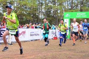 VĐV Lê Tân Hi Công an Đắk Lắk về nhất chặng 42km giải Marathon Quốc tế Đà Lạt
