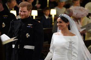 Xúc động 'đám cưới cổ tích' của Hoàng tử Harry và hôn thê Markle