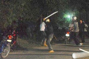 Điều tra vụ 2 nhóm thanh niên hỗn chiến trong đêm, 3 người tử vong