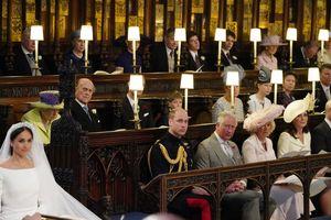 Ghế trống cạnh Hoàng tử William là dành cho Công nương Diana?