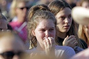 Hậu vụ xả súng ở Santa Fe: Đau buồn, nhưng không còn bất ngờ