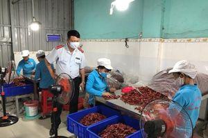 Xử lý ớt bột khô có chứa chất Aflatoxin