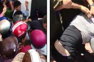 500 người vây người nghi bắt cóc: Quay video đăng lên mạng