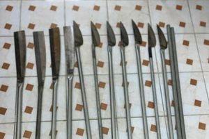 Tuyên Quang: Bắt giữ 2 đối tượng tàng trữ, vận chuyển vũ khí nóng