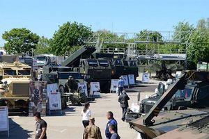 Việt Nam tham dự Triển lãm quốc phòng tại Romania