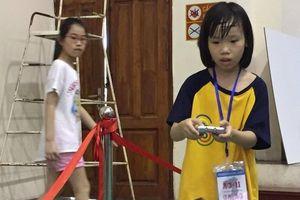 Khởi động cuộc thi lắp ráp và đấu đối kháng robot lần 3 tại Hà Nội