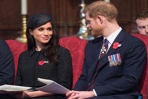 Con của Hoàng tử Harry và Meghan Markle không được gọi là hoàng tử, công chúa?