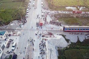 Đường sắt Bắc - Nam thông tuyến sau sự cố lật tàu chở 400 khách