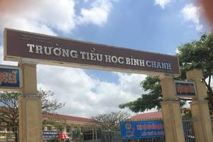 UBND huyện ra thông cáo báo chí vụ cô giáo bị ép quỳ