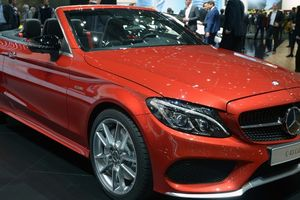 Mercedes-Benz thêm bản mui trần cho dòng C-Class