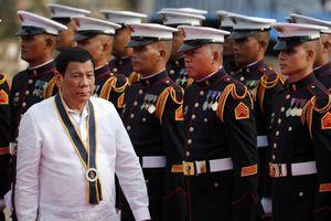 Philippines dọa chiến tranh nếu TQ vượt 'lằn ranh đỏ' ở Biển Đông