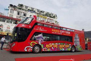 Xe buýt du lịch mui trần giá hơn 7 tỷ đồng hoạt động tại Hà Nội