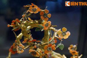 Mê mẩn cành vàng lá ngọc thật 100% của nhà Nguyễn
