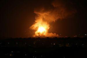 Tên lửa bắn từ Dải Gaza, thủ tướng Israel phải ẩn nấp