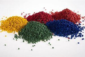 Hạt nhựa để tạo màu được hưởng thuế suất NK ưu đãi 0%