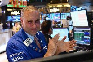 Giới đầu tư bất ngờ hưng phấn trở lại