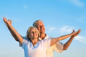 Vì sao cùng tuổi mà có người trẻ hơn, khỏe hơn?