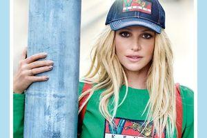 Thật bất ngờ, Britney Spears đã chính thức 'lấn sân' thời trang