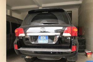 2 xe sang doanh nghiệp tặng tỉnh Nghệ An, đấu giá lần 3 vẫn ế