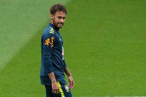 CĐV Brazil thở phào khi Neymar ra sân thi đấu trước World Cup
