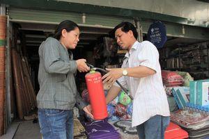 Phòng cháy, chữa cháy tại các chợ dân sinh: Vẫn phải là ý thức người dân