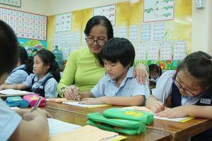 Cô giáo của lòng yêu thương