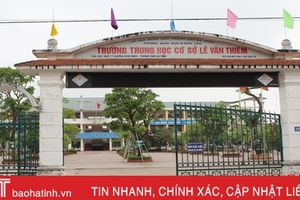 Hơn 500 hồ sơ đăng ký tuyển sinh vào lớp 6 Trường THCS Lê Văn Thiêm