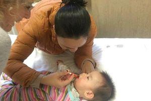 Cộng đồng người Việt tiếp tục hỗ trợ thành công trẻ bị teo cơ tủy sống