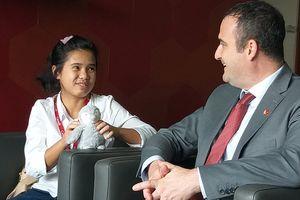 Nữ sinh 15 tuổi TP.HCM làm Tổng lãnh sự Canada… một ngày