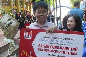 Cậu bé Việt Nam đầu tiên trong đội 'hộ tống cầu thủ' trận chung kết World Cup 2018