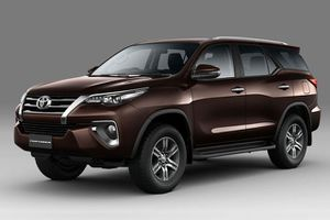 Bảng giá xe Toyota tháng 6/2018: Ưu đãi hấp dẫn