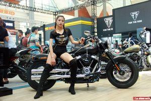 Triển lãm Vietnam AutoExpo 2018: Người tiêu dùng chỉ đến ngắm... người đẹp và mô tô