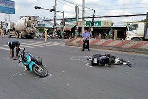 Va chạm xe liên hoàn trên quốc lộ 1A, một thanh niên nhập viện