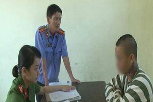 Giao cấu 'tự nguyện' với trẻ 14 tuổi cũng bị tù tội