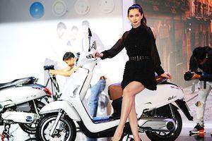 Xe ga Kymco Like 125 giá 50 triệu tại Việt Nam có gì đặc biệt?