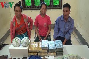 3 'đầu nậu' ma túy người Lào mang theo vũ khí nóng đi giao hàng