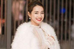 Nhã Phương sẽ là bác sĩ Kang Mo Yeon trong Hậu duệ mặt trời phiên bản Việt?