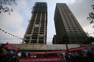'Bùng nổ' tranh chấp giữa chủ đầu tư và cư dân tại các chung cư