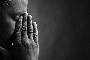 Nước mắt người cha tật nguyền trước phận đời của 3 người phụ nữ trong gia đình