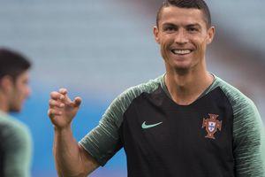Chủ tịch PSG dự trận đấu của Bồ Đào Nha để xúc tiến mua Ronaldo?