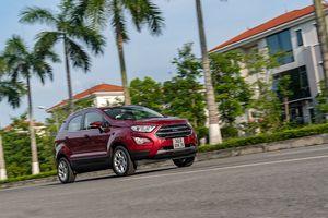 Giữa Ford EcoSport 1.0 AT Titanium và 1.5 AT Titanium, bạn sẽ lựa chọn bản nào?