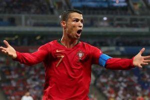 'Báu vật' Ronaldo tinh quái của Bồ Đào Nha khiến đối thủ đau đầu