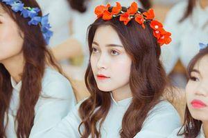 Nữ sinh xinh đẹp tựa thiên thần nổi tiếng trên MXH: 'Mình đang 'bế quan' ôn thi nên không biết thiên hạ nói gì'