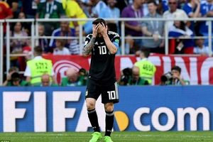 Có quá bất công khi đổ mọi tội lỗi lên đầu Messi?