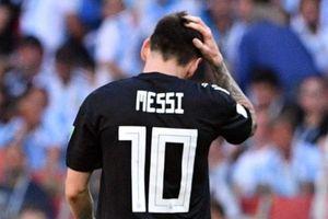 Những gì Ronaldo làm được, Messi còn làm tốt hơn?