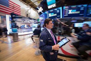 Nỗi lo chiến tranh thương mại bao trùm nhà đầu tư