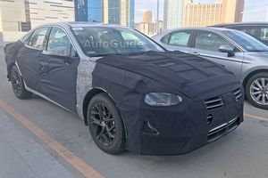 Hyundai Sonata 2020 lộ những hình ảnh đầu tiên